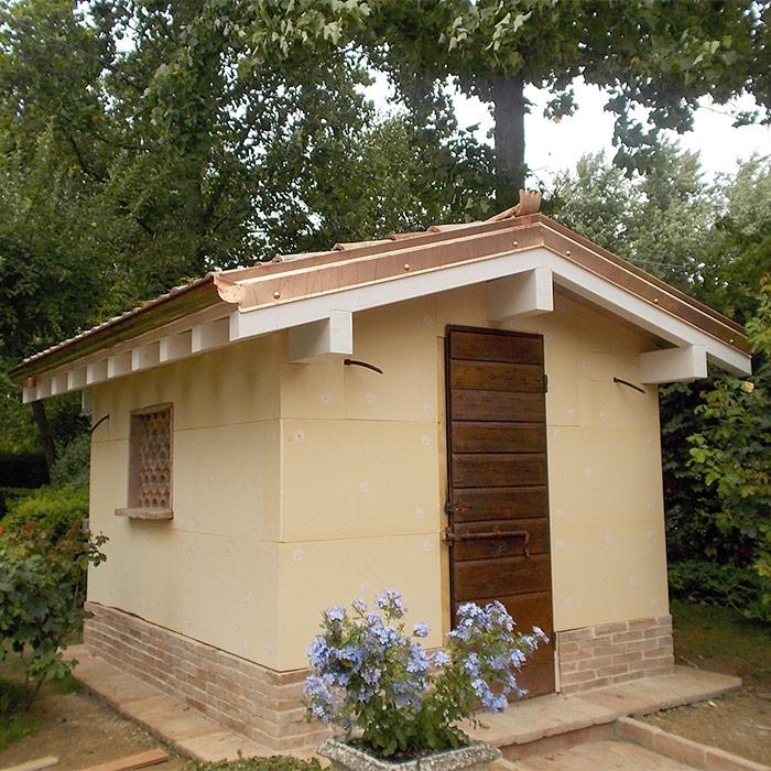 Casette Da Giardino In Muratura.Casetta In Legno Miscia Coperture In Legno Reggio Emilia E Parma